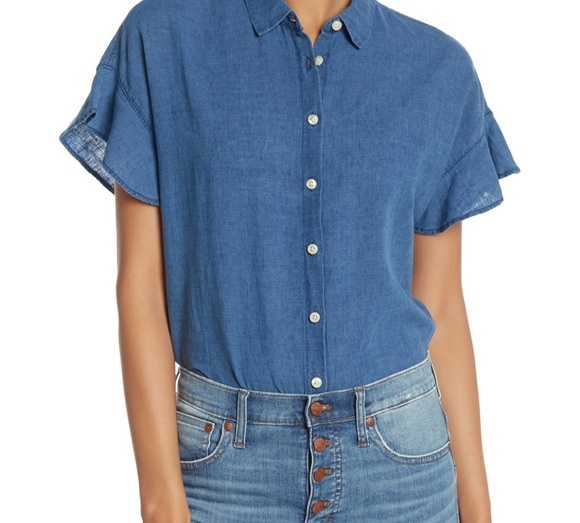 Madewell Tops - Madewell central ruffle chambray short sleeve top